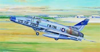 model planes,model airplane,F100D Super Sabre Attack Fighter -- Plastic Model Airplane -- 1/32 Scale -- #02232